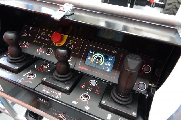 200ATJ E/ 20米曲臂式電動高空作業車 16