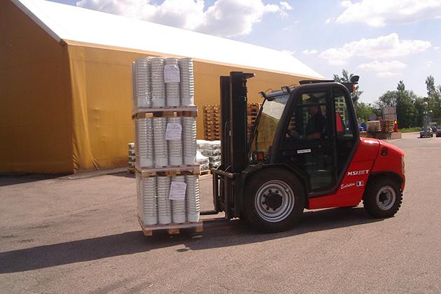 【3.5噸】半工業型柴油堆高機 1